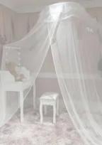 Risa's room