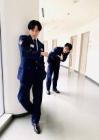 未 満 警 察