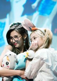 サナとユンギ♡♡