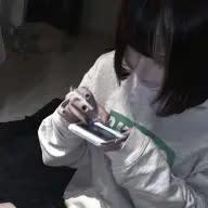綾 瀬 あ ず .