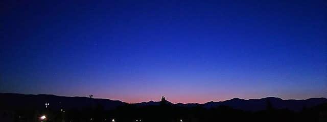 夜月桜さんの壁紙画像
